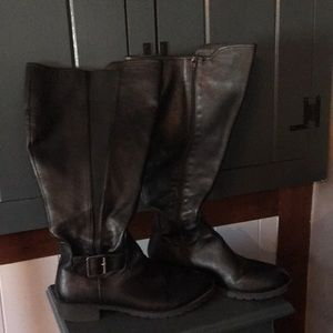 Comfortview leather boots